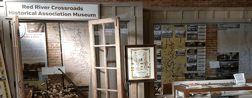 Pictures and displays about the history of Caddo Parish